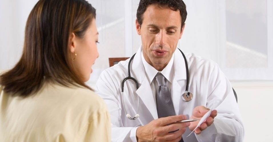 medico-paciente-avaliacao-fisica-1340387557794_956x500